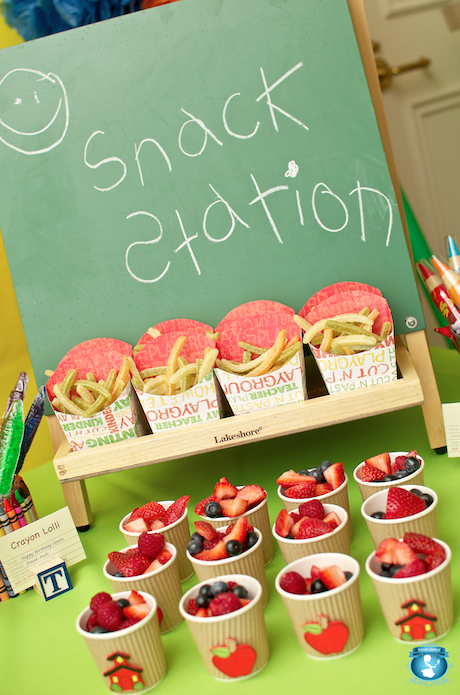 Back to School Snack Station...Adorable! Let me apologize to my kids right away... Sorry, there was no Pinterest when you were little!