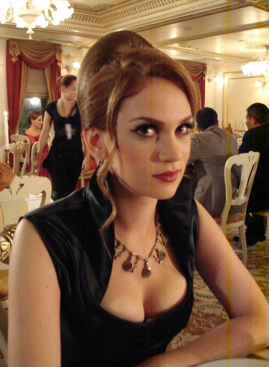 Image Result For Farah Zeynep Abdullah Hot
