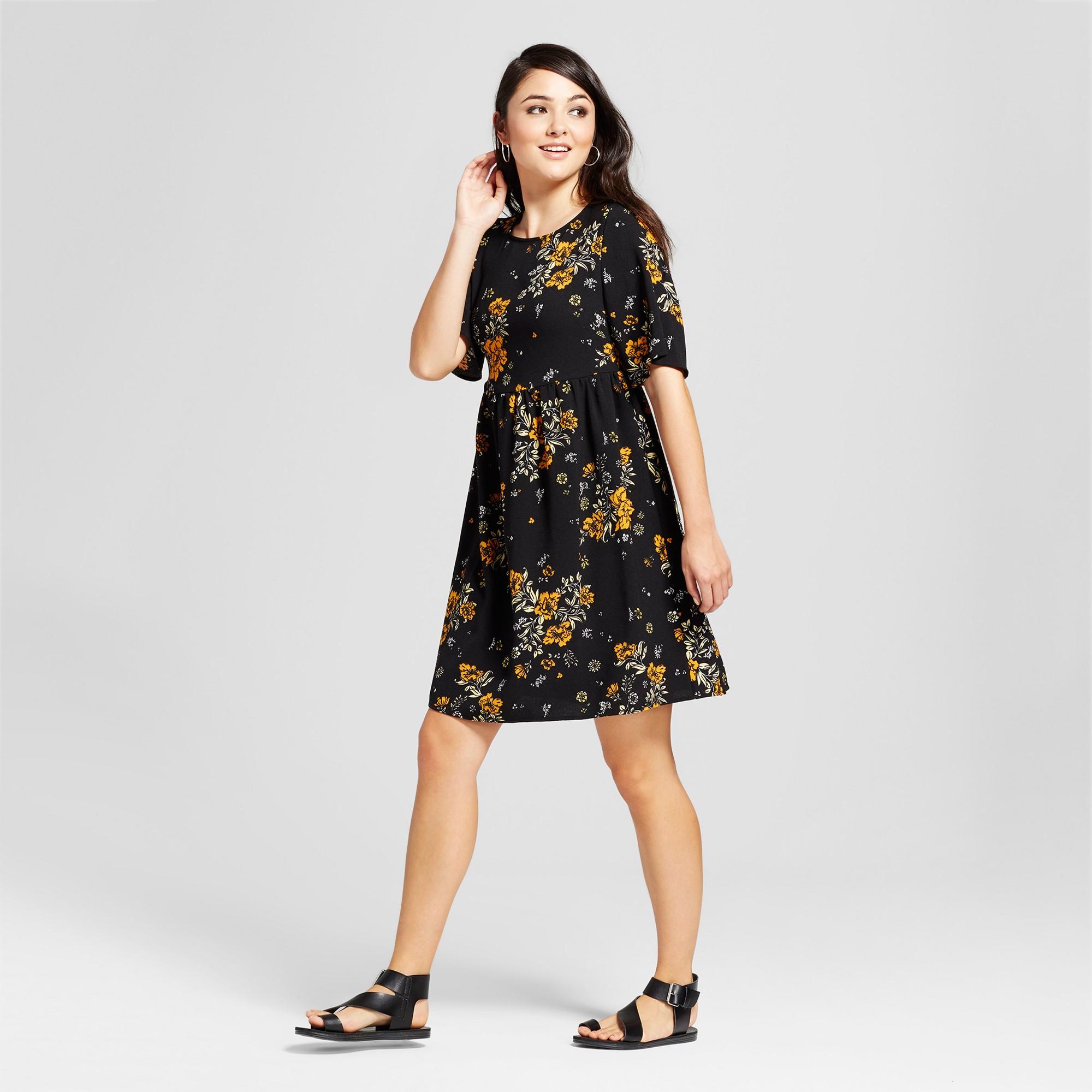 65d4b611e5 Women's Floral Print Short Sleeve Lace-Up Back Babydoll Dress - Alison  Andrews Black XL