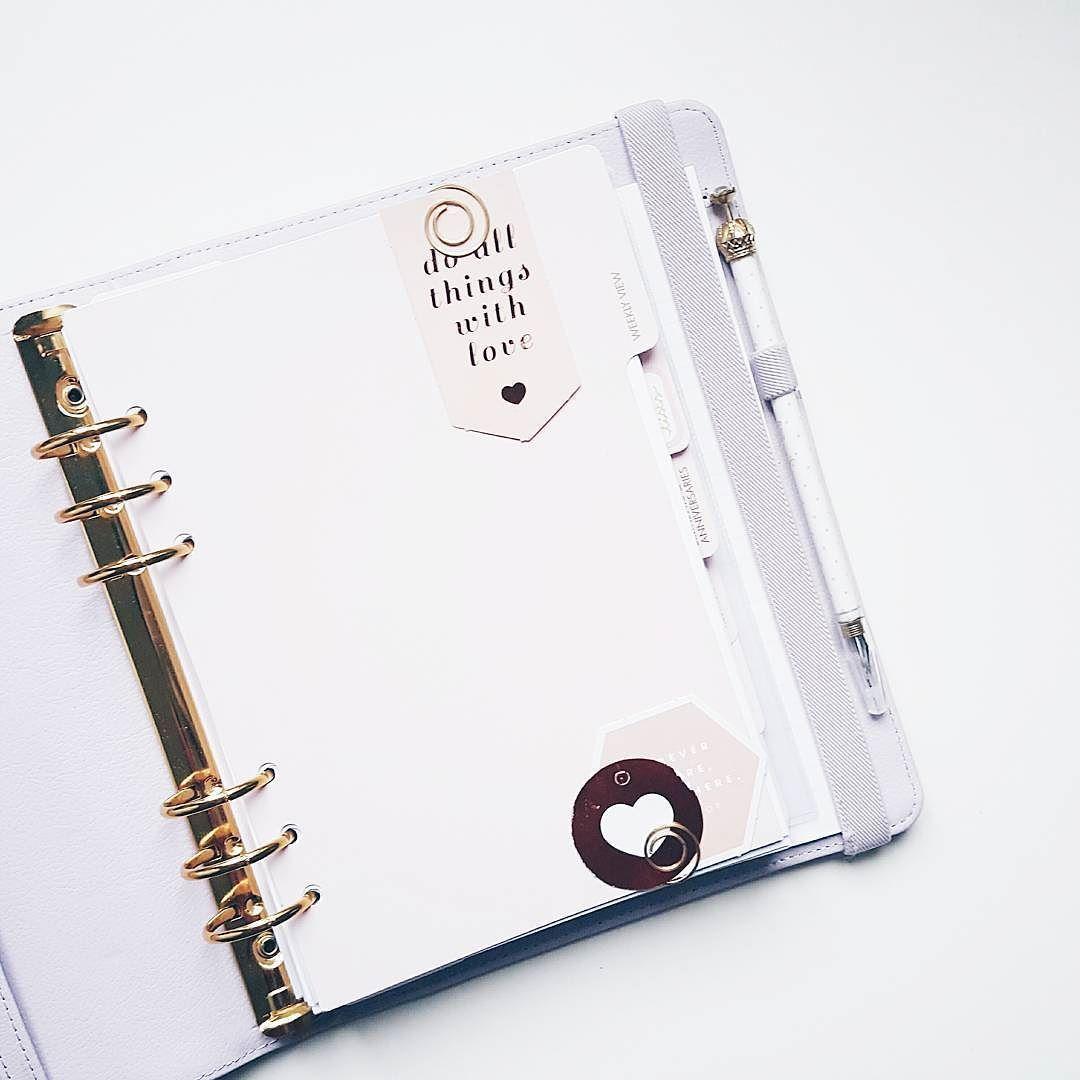 My very simple dashboard!   #kikkiklondon #kikkik #kikkikplanner #kikkikplannerlove #kikkiklilac #planner #planneraddict #plannercommunity #plannerlove #plannergirl #plannernerd #lifeplanner  #filofax #filofaxlove #filofaxaddict #erincondren #erincondrenlifeplanner #planning #love #instagood #photooftheday #creativelife #pursuepretty #creativityfound by paperycrafts