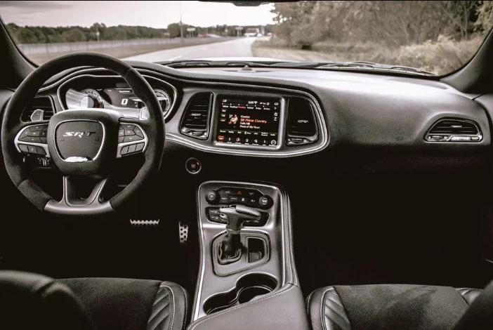 Dodge Demon Interior In 2020 Dodge Challenger Interior Dodge Challenger Srt Hellcat 2018 Dodge Demon