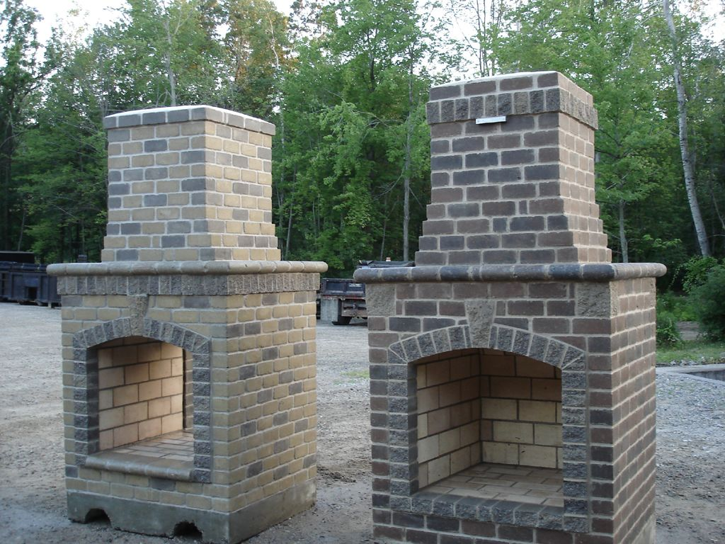 How to build an outdoor brick fireplace fireplace Deck fireplace designs
