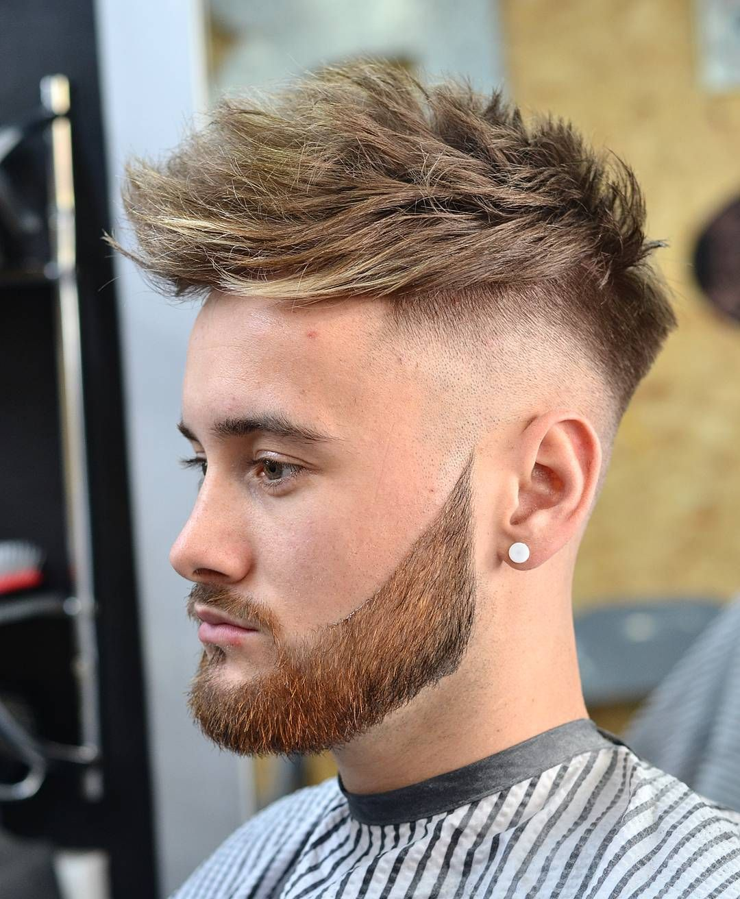 Quiff Undercut Fade Disconnectd Beard Men S Haircuts Coupe Cheveux Homme Coupe De Cheveux Cheveux Homme