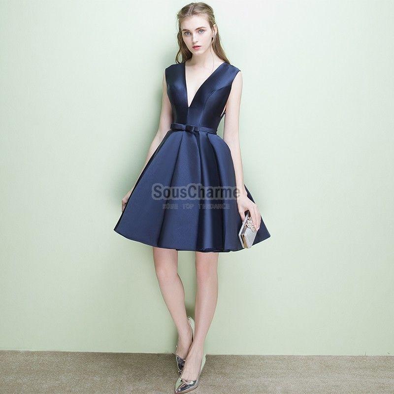 robe coctail courte en satin bleu marine col V profond jupe A-ligne rétro  pas
