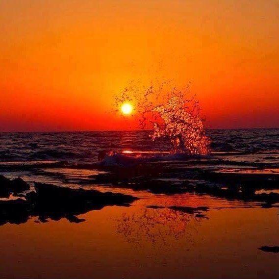 """""""...il mare è come l'anima.... ..non fa silenzio mai.... ..nemmeno quando tutto tace."""" #life #moments"""