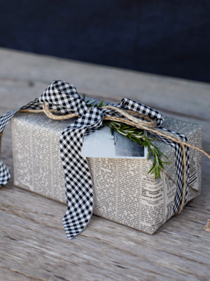 Pretty gift wrapping:)