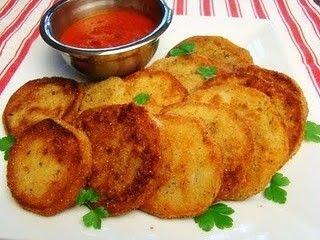 Ricetta delle frittelle di melanzane, un contorno veloce http://www.buttalapasta.it/articolo/ricetta-delle-frittelle-di-melanzane-un-contorno-veloce/38359/