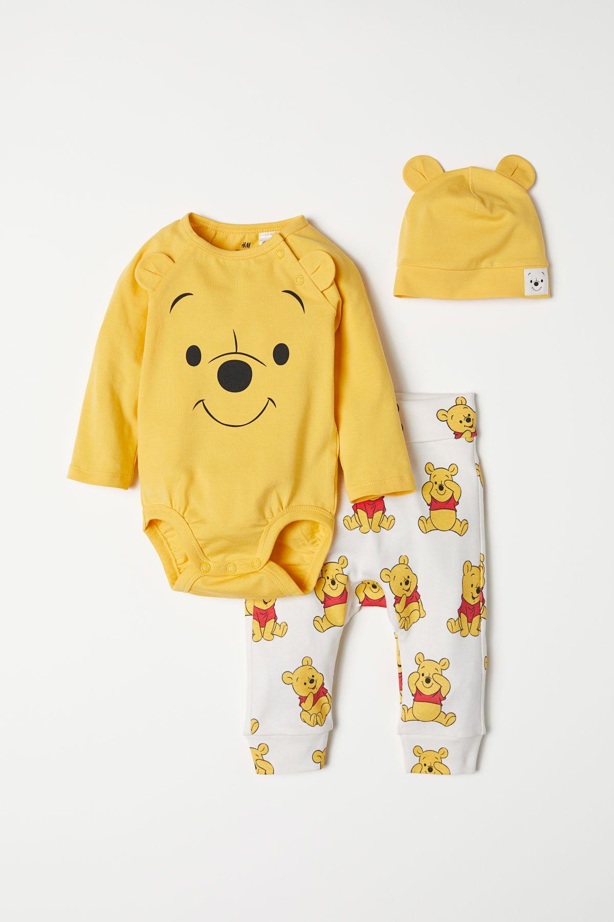 Amarillo Winnie the Pooh. Conjunto de body 41de230138a