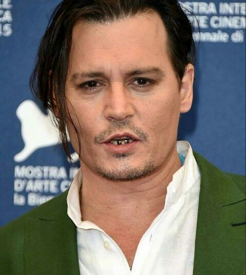 Johnny Depp Venice Film Festival For Black Mass Looking Cool With His Teeth