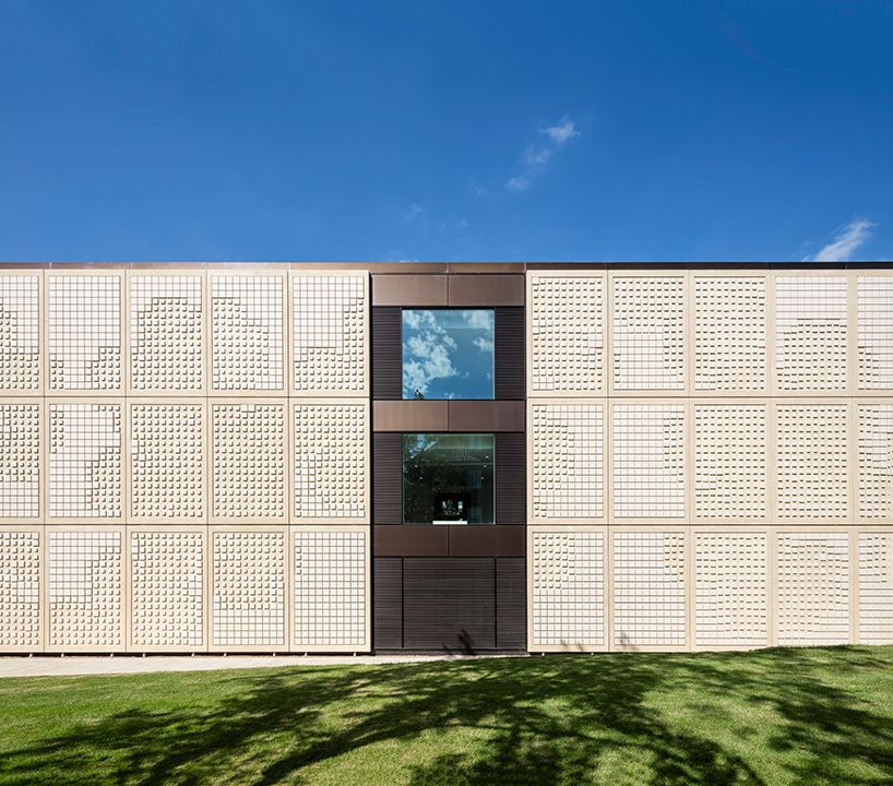 Grimshaw Completes Science Building For Dulwich College Building Unusual Buildings Architecture
