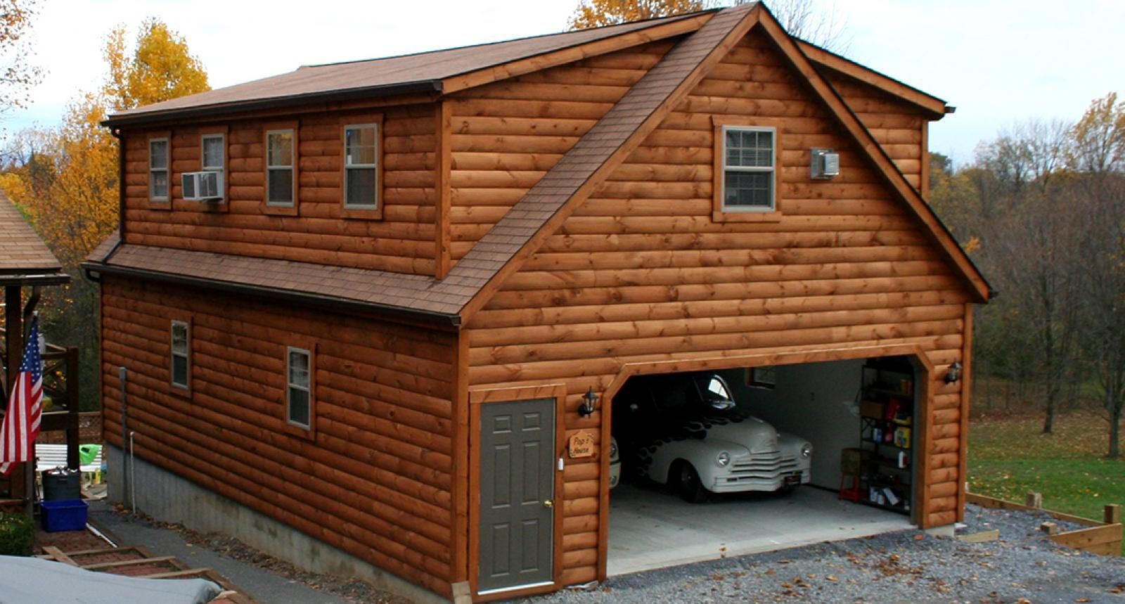 2 Car Story Garage With Living Quarters