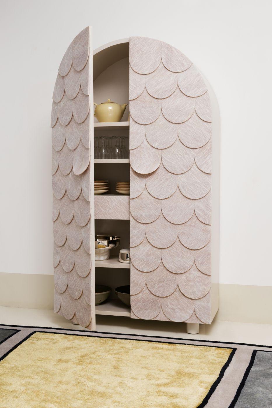 Vaisselier Scale D F Pinterest Credenza And Interiors # Meuble De Salon Interiors Vaissellier