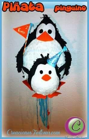 Piñata pinguino.  Visita nuestra boutique donde podrás encargar tu piñata elaborada a la medida. Enviamos a todas partes de Europa