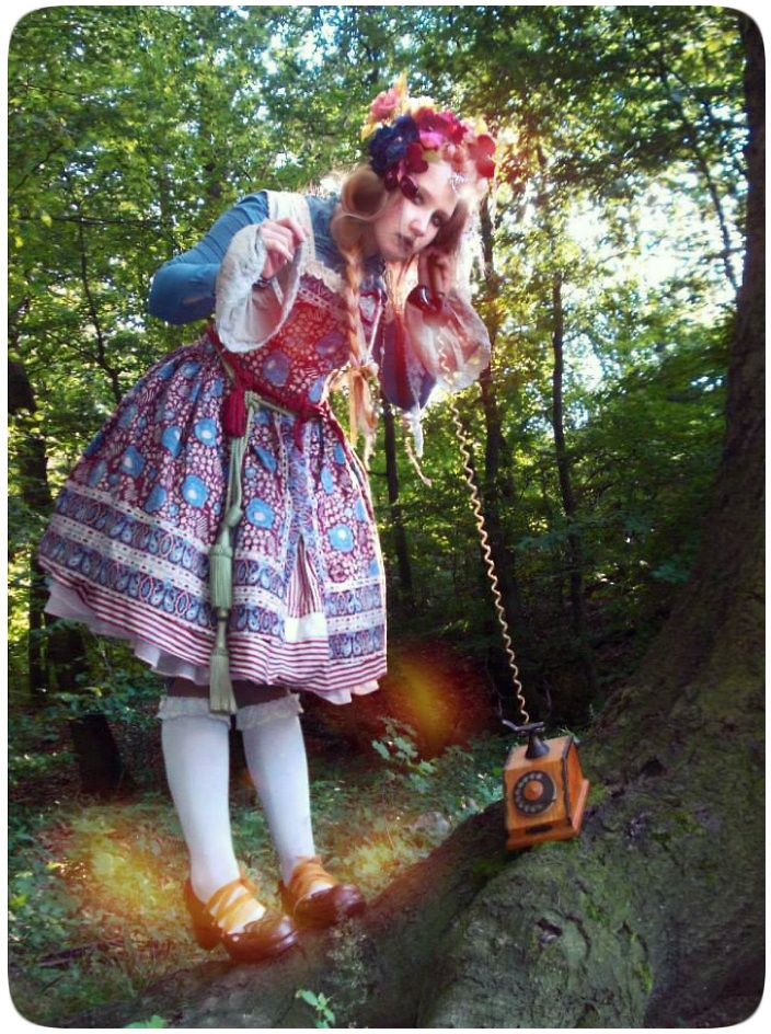 nice pic! Bohemia doll (calling forests)     Forest Princess (witch)     inspired by Czech ( Bohemia ) folk costumes     :foto by- Cat     Model: Anasis      One of the photos from the photo shoot photoshoot for Czech lolita brand porcelain doll      http://www.porcelaindoll.cz/        All clothing is  my the  handmade     I sewed them myself     hair accessories … . handmade      Leggings + Diamond on forehead are from the Czech brand http://www.porcelaindoll.cz/      Bye and KISS…