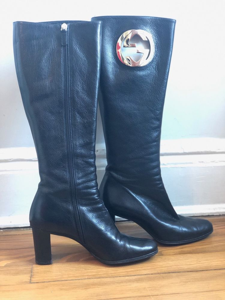 Vintage Gucci boots with silver logo