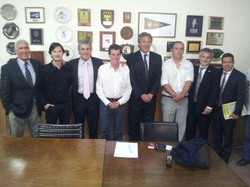 Reunión en @URSPrensa con @ARodriguezOk @ivanbudassi @juanmalg @MandolesiBurgos @hernanvigier y autoridades URS