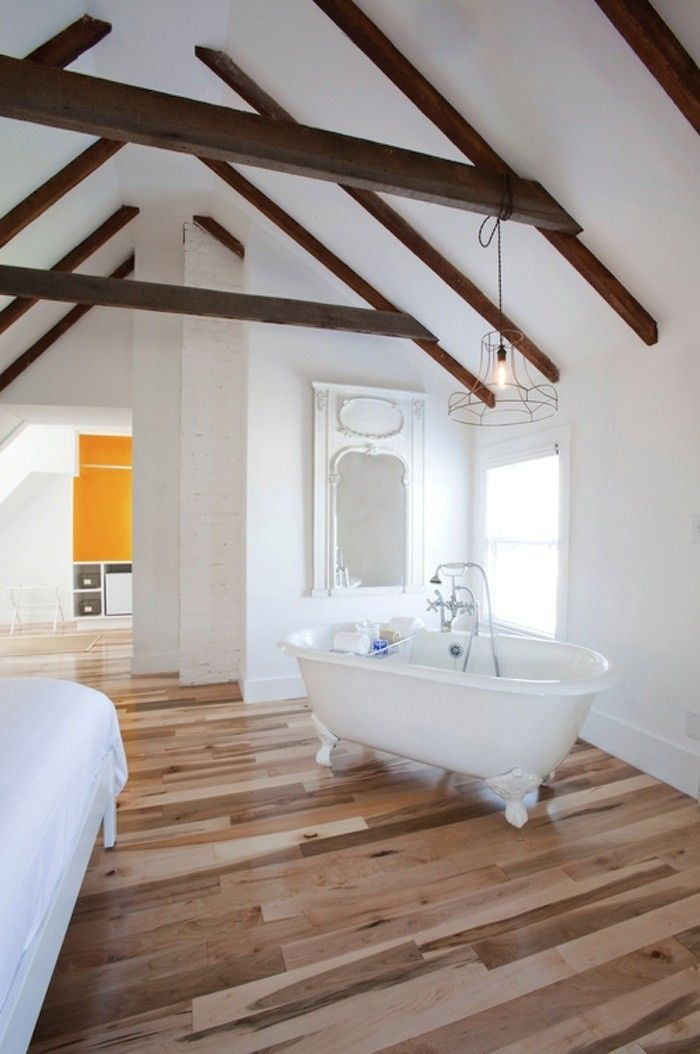 Bathtub in the bedroom - why not? #Fashiolista #Inspiration