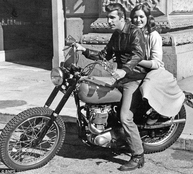 Fonzie's famous Triumph bike to be sold at auction after being ...