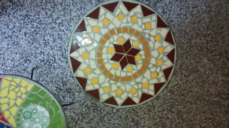 Mesa de cemento de 60 cm de diametro