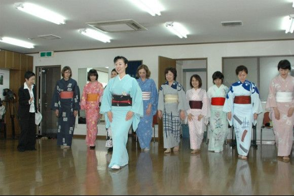 Experience Traditional Japanese Dancing - Japan | Tokyo | Arts & Culture | Traditional Culture | Voyagin