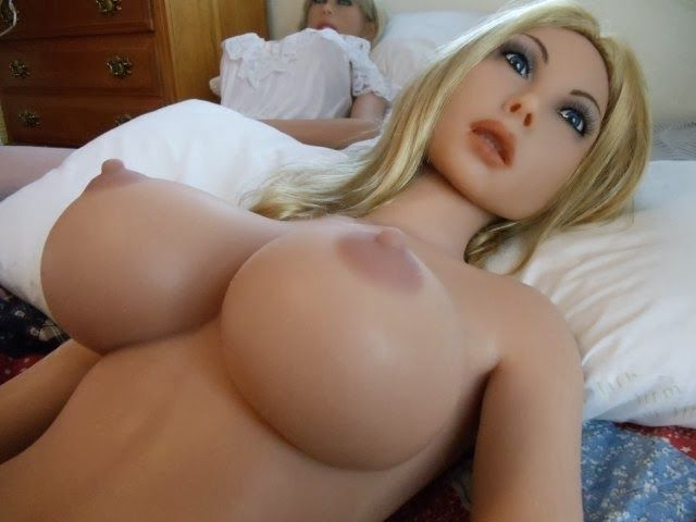 girls fucking inflatable dolls