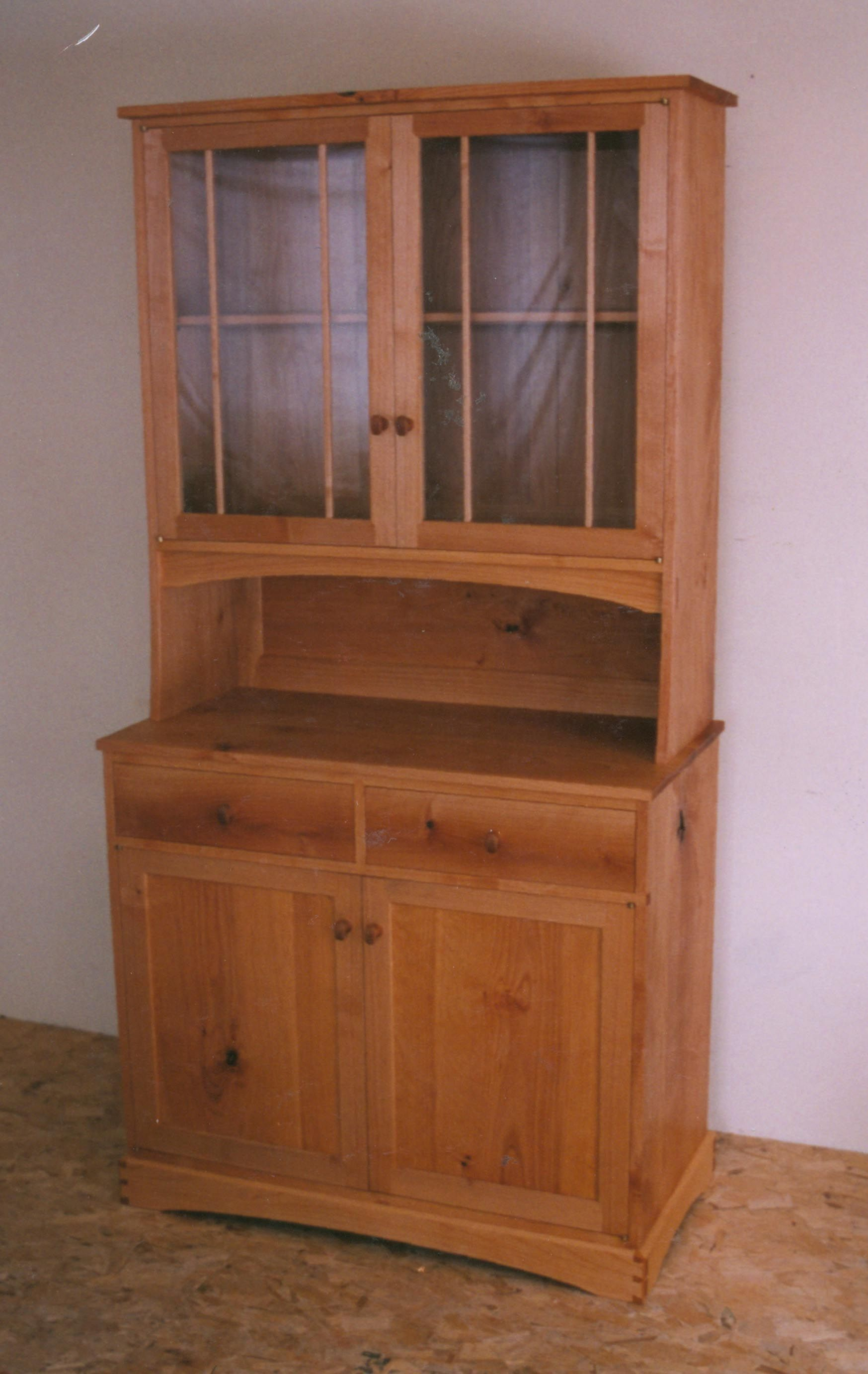Small China Hutch | China Cabinets and Hutches « Tony Konovaloff | М ...