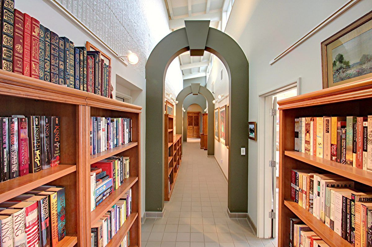 K-Mart Scion Lists Surprisingly Modest PNW Compound - House of the Day - Curbed National