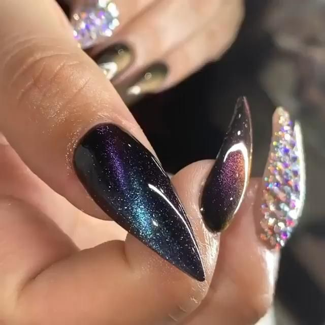 Amazon store offers the best nail art products at