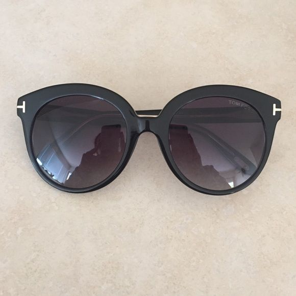Tom Ford Sunglasses Brand new, case and box - authentic never been worn. Tom Ford Accessories Sunglasses