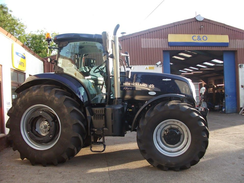New Holland Golden Jubilee T7 270 Being Handed Over By C O S