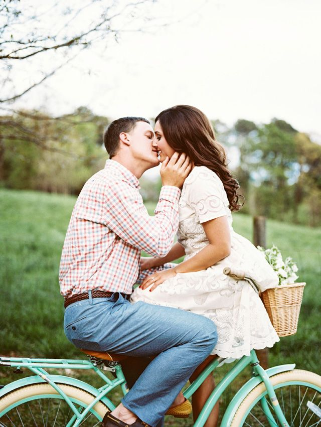 Seriously, the cutest engagement session ever! by Noi Tran Photography