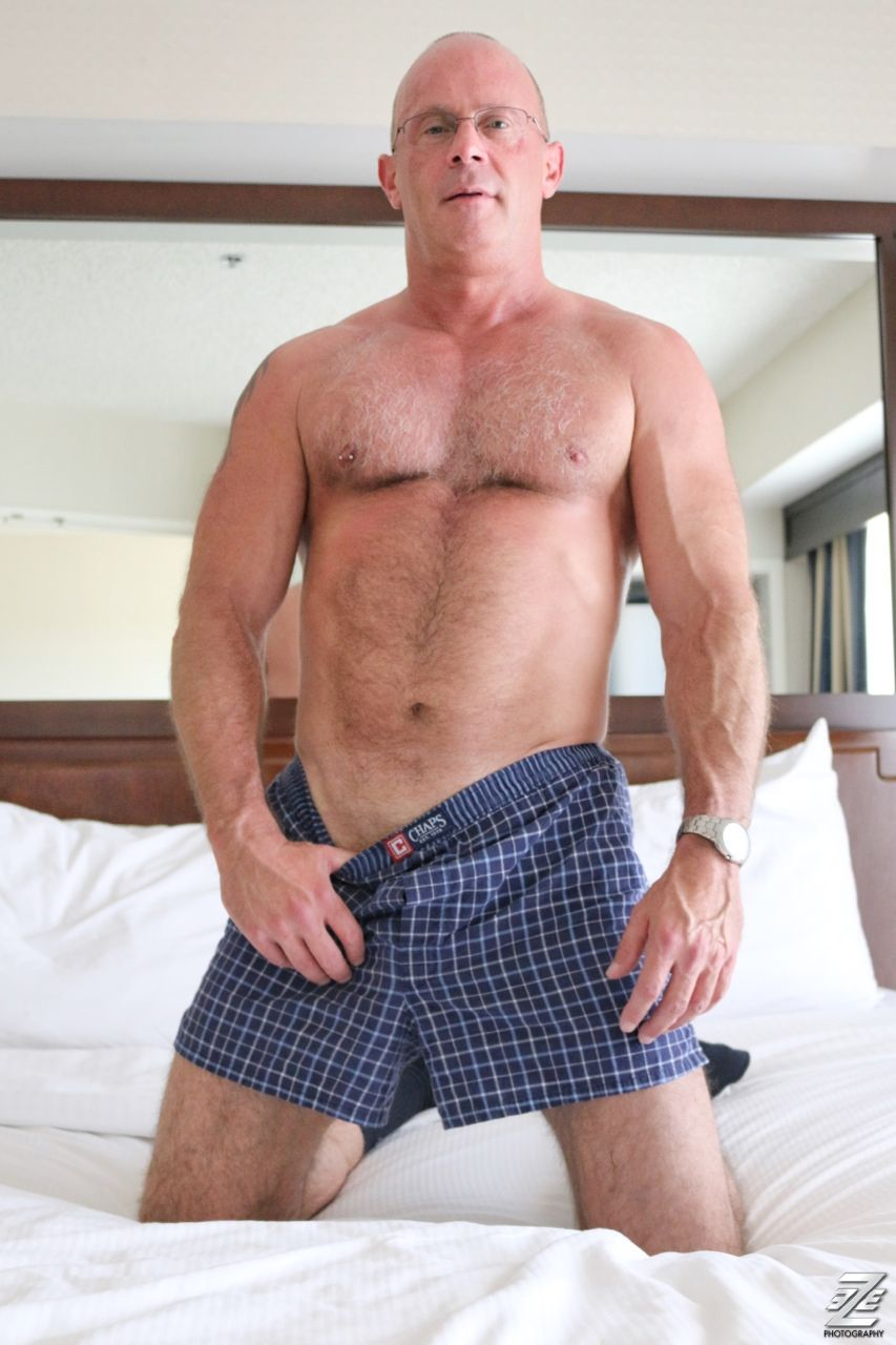 hot mature daddy