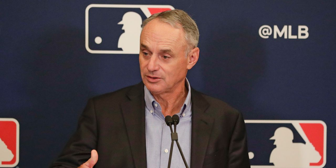 Mlb Commissioner Finds Himself At Odds With Players Union Mlb Teams Mlb Baseball Players