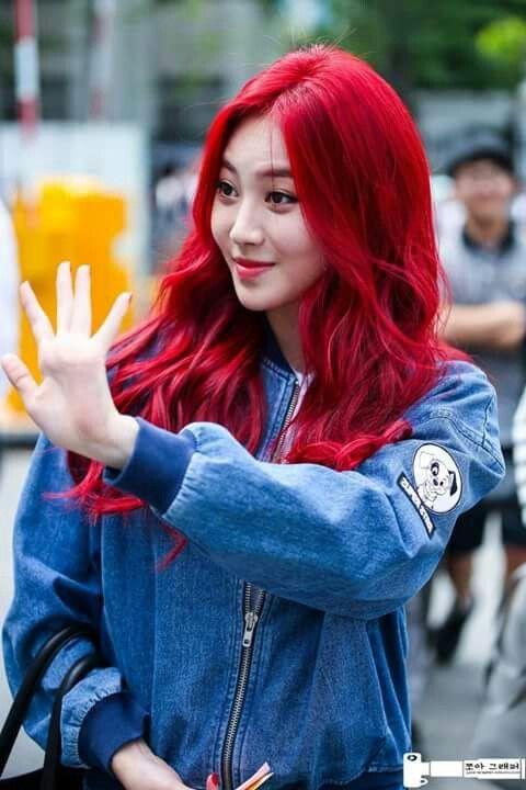 Pin By Katy J On Kpop Idols Red Hair Kpop Bright Red Hair Bright Hair
