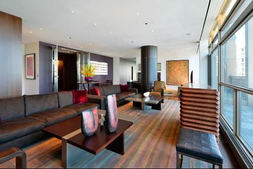 Our Chicago penthouse livingroom | What a Life ...