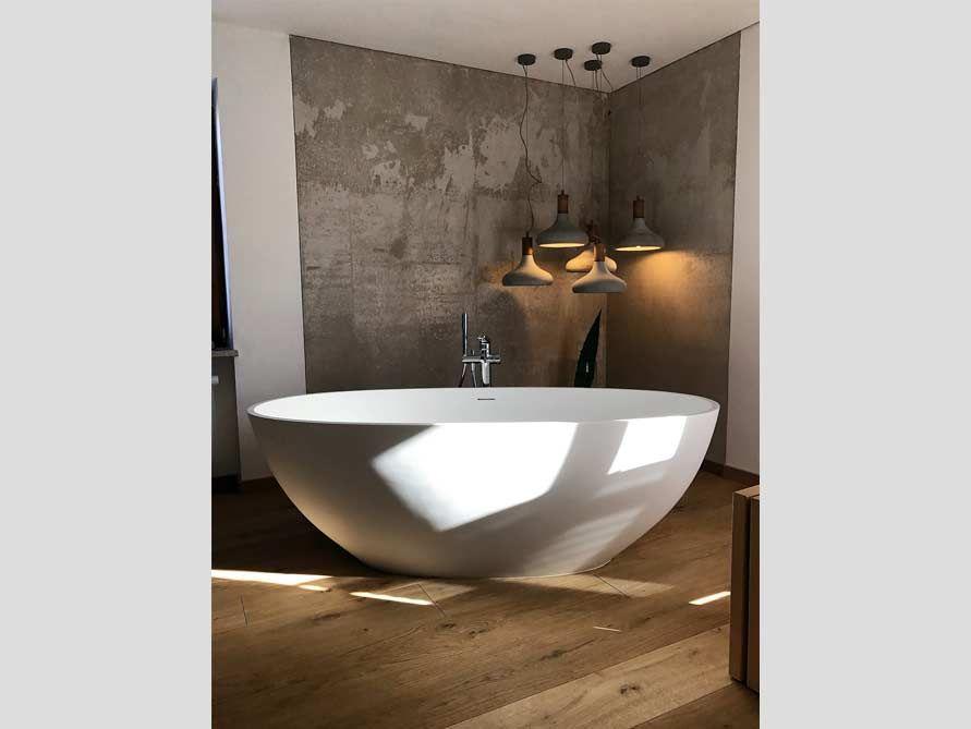 freistehende badewanne piemont aus mineralguss wei matt oder gl nzend spiel von piemont. Black Bedroom Furniture Sets. Home Design Ideas