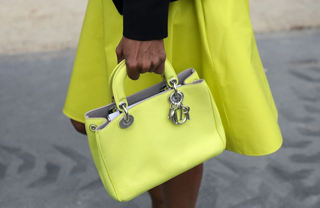 Haute Couture 2014 Street Style: Dior bags | Global Blue