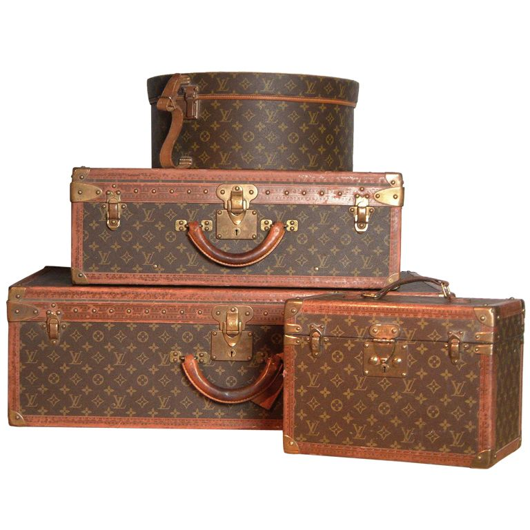 Alter Louis Vuitton Koffer louis vuitton 20th century a set of four hardsided luggage cases