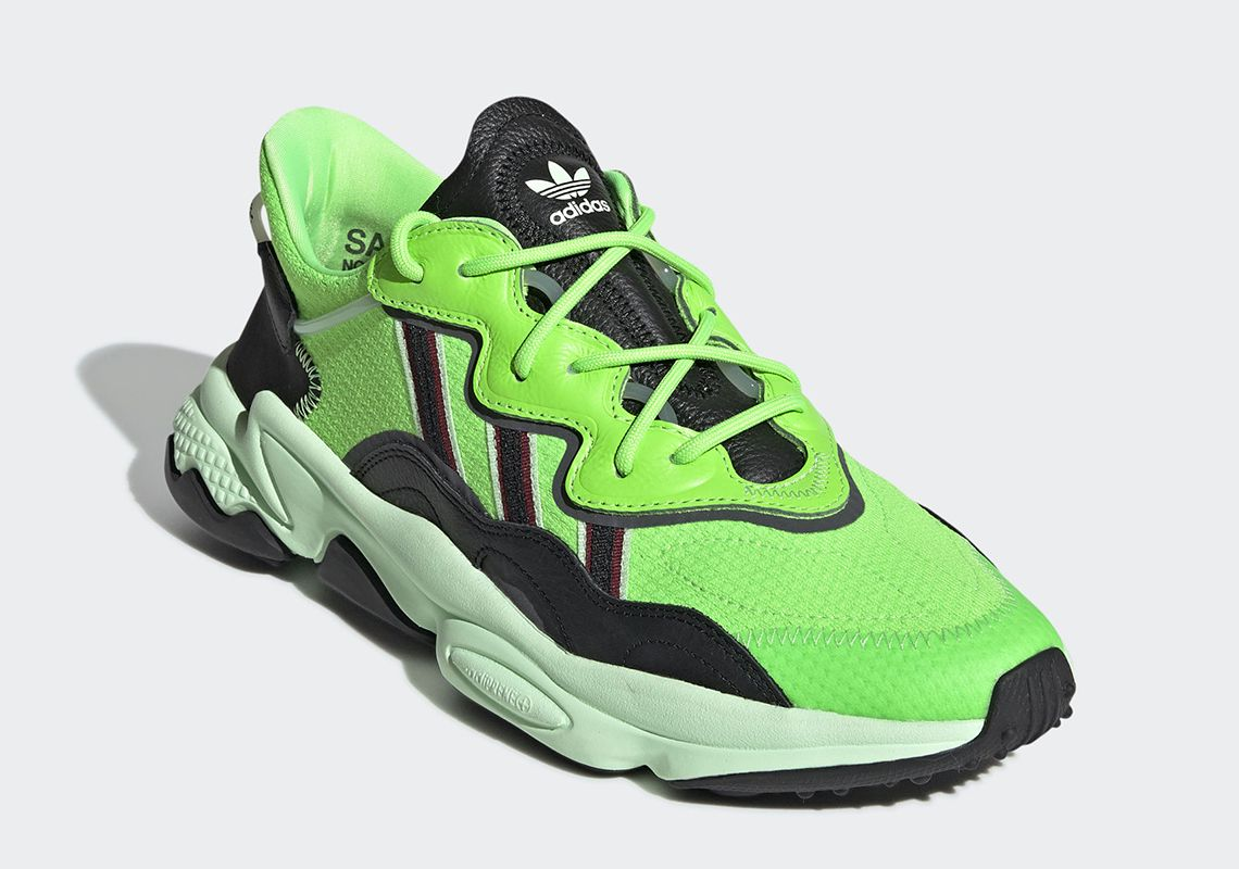 chaussure adidas neon