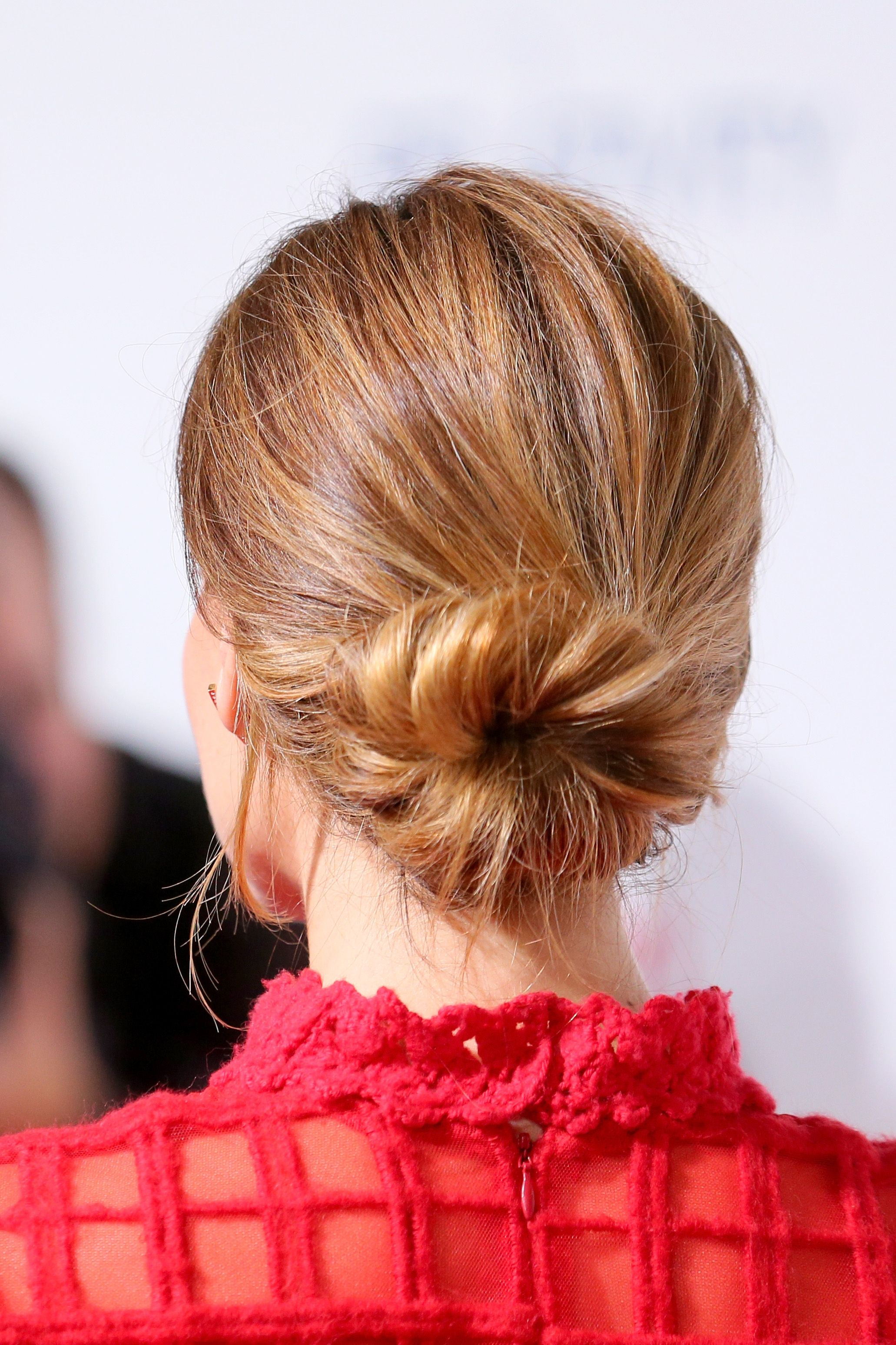 Celebrity Bun Stalking 33 Stars Who Nail The Chicest Hairstyle On Earth Hair Styles Twist Hairstyles Short Hair Styles