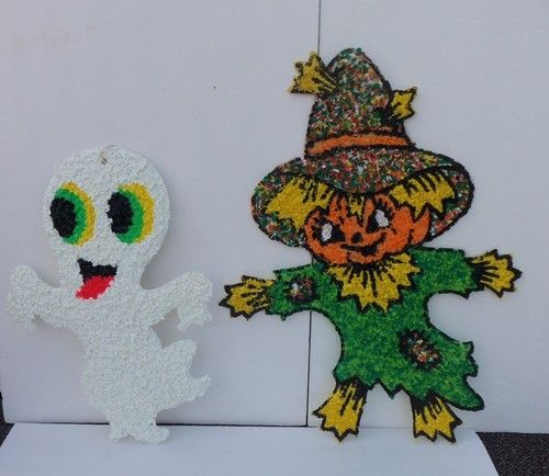 Lot Of 2 Vintage Halloween Plastic Melted Popcorn Scarecrow And Ghost Decoration