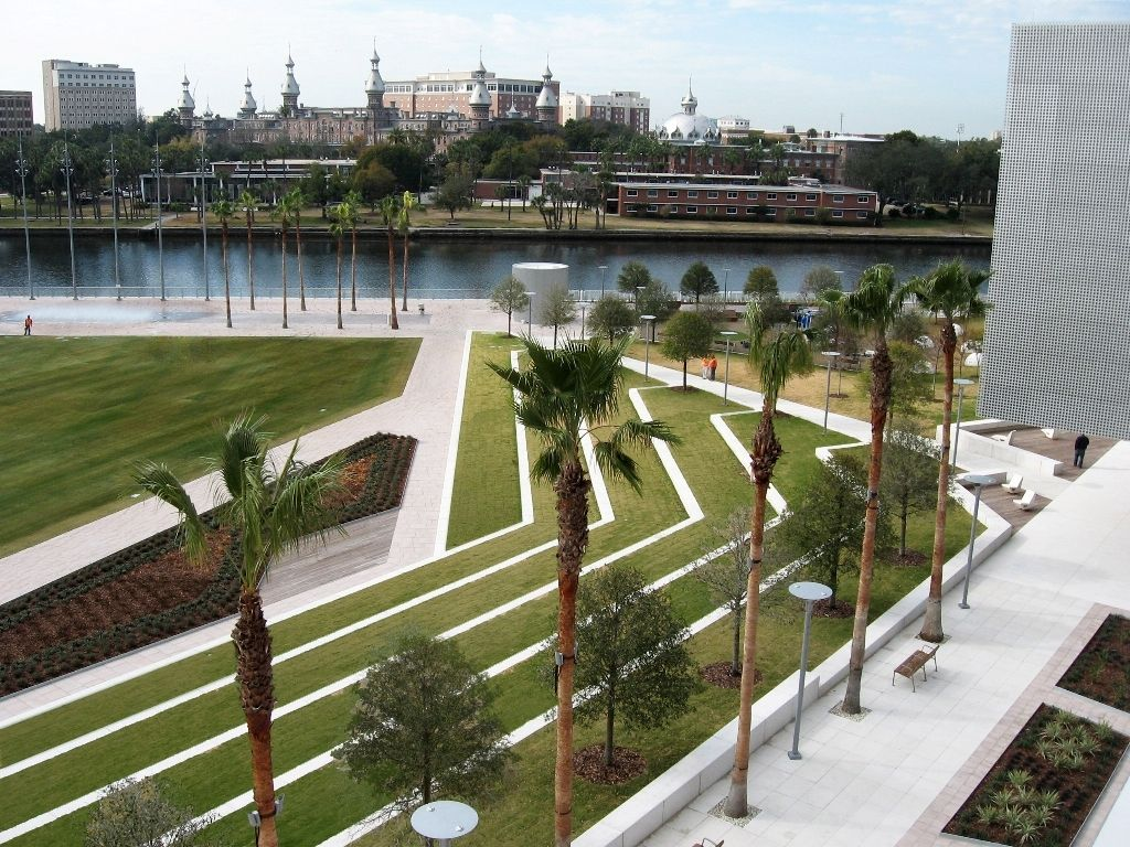 Curtis hixon waterfront park tampa fl the curtis hixon for Waterfront landscape design