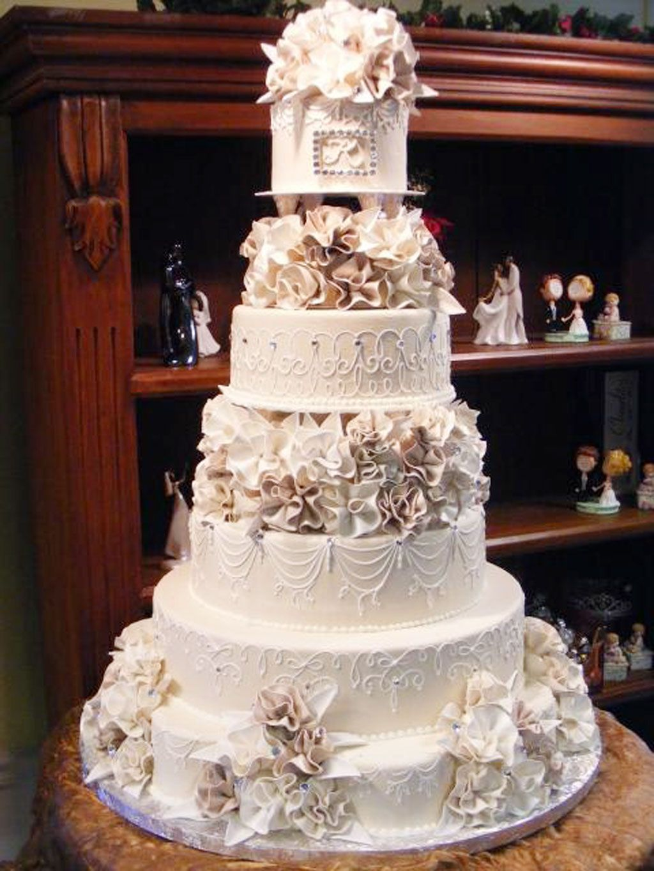 Indian Weddings Inspirations. White Wedding Cake. Repinned