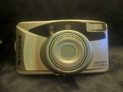 Fujifilm Discovery S1200 Zoom Date Point & Shoot Film Camera