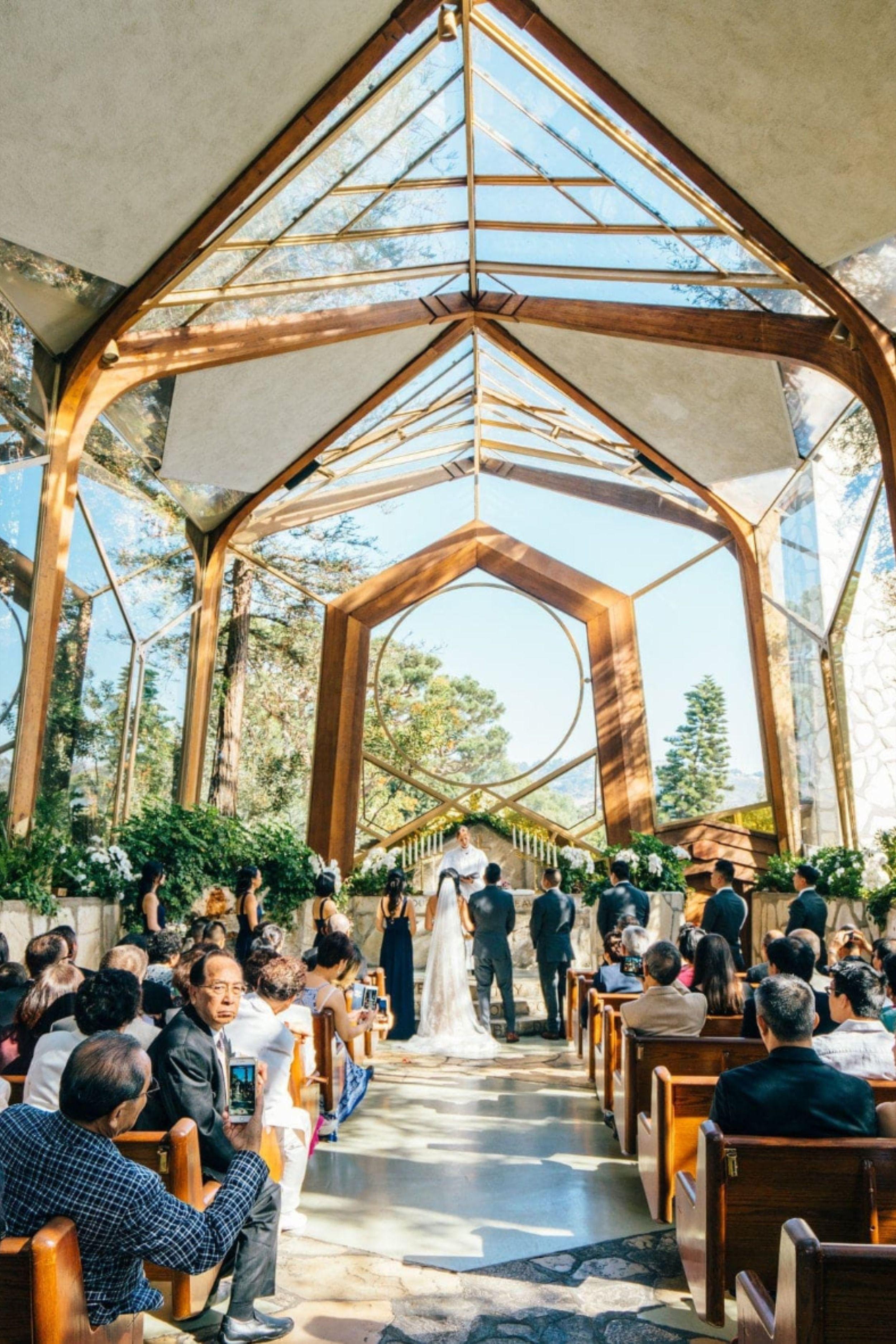 Wayfarers Chapel Wedding In 2020 Wedding Venues Indoor Wedding Venues Beach Chapel Wedding