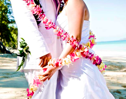 Traditions To Follow For Your Hawaii Wedding Wellness With Aloha