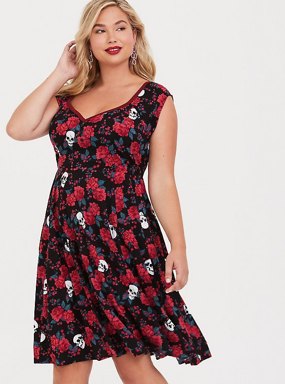 Retro Chic Black Floral Skull Skater Dress | Products ...