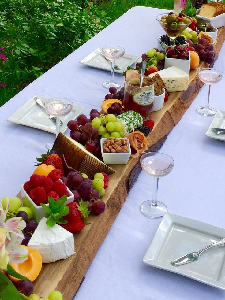Plank it! French Cheeseboard Summer Party Menu #charcuterieboard