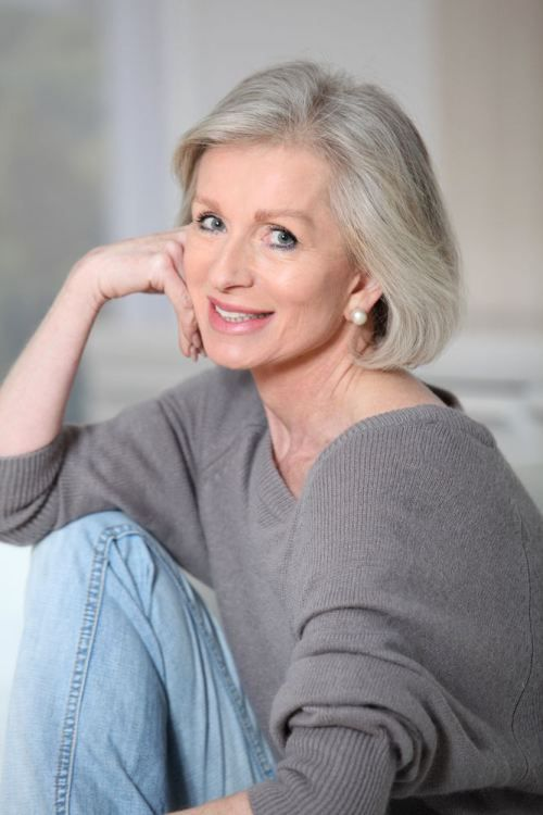 50 Shades Of Grey Hair Trends And Styles Older Women