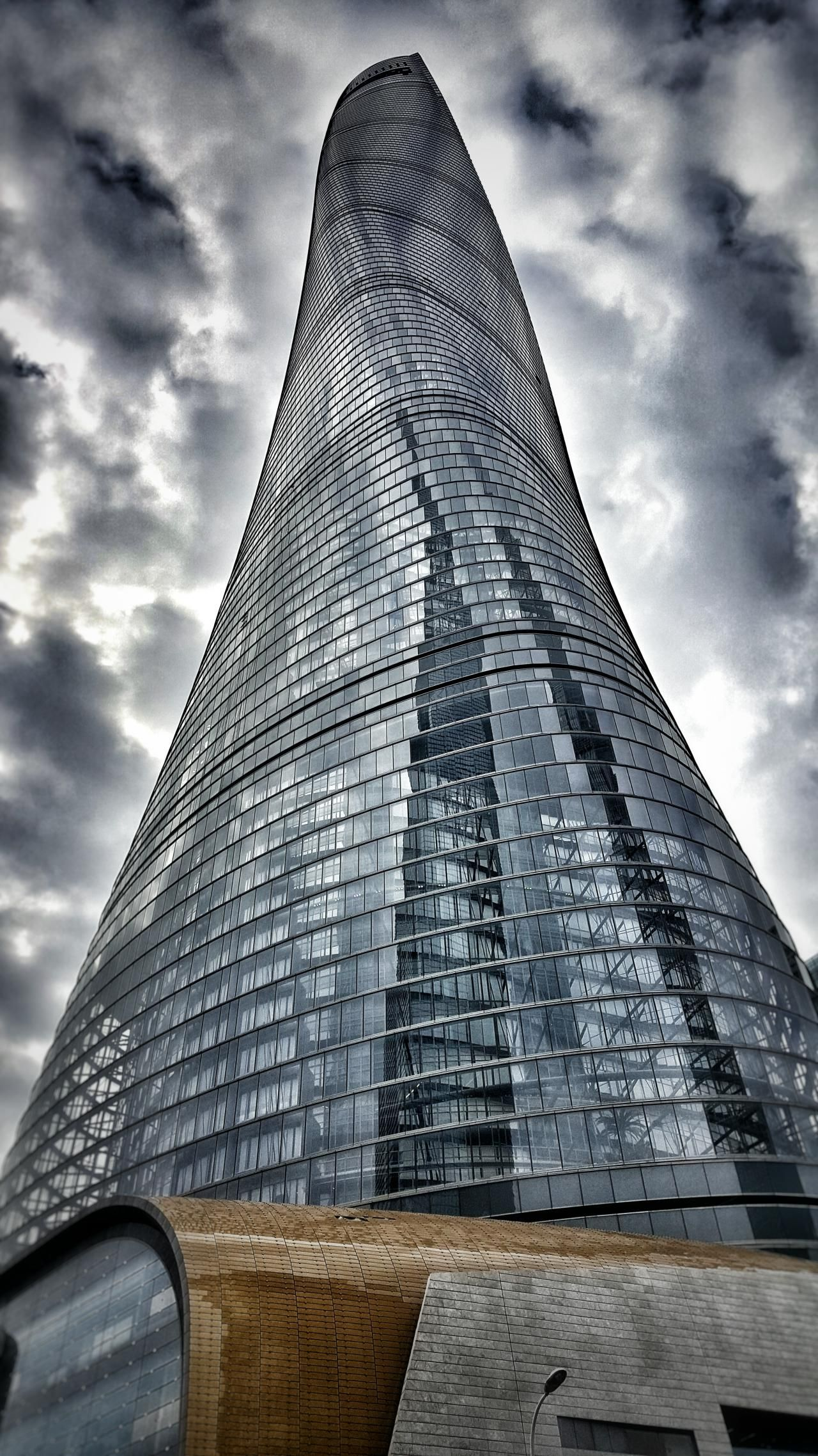 SHANGHAI   Shanghai Tower   632m   2073ft   128 fl   Com - Page 1150 - SkyscraperCity